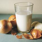 Молоко с луком от простуды