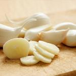 Домашние рецепты с чесноком