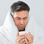 постельный режим и пить много теплой жидкости