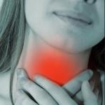 По каким причинам болит горло