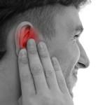 Болит горло и закладывает уши